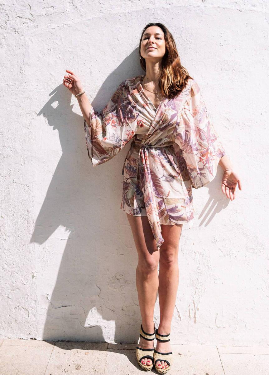 Kimono Menorca Estampado Hoja Tropical - mujer  comodo kimonos organico precio especial